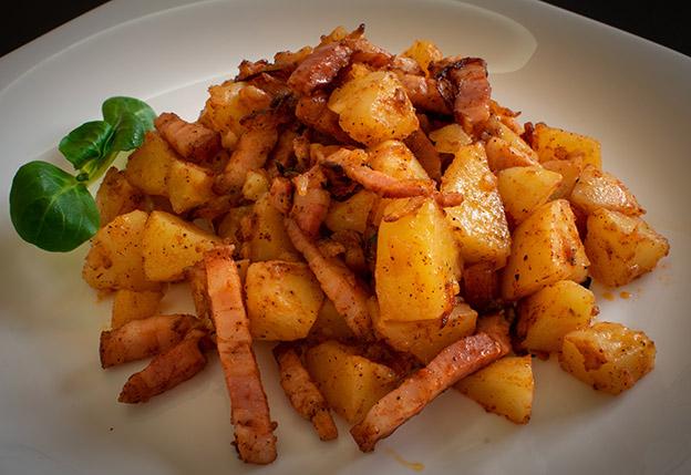 Cartofi taranesti cu bacon